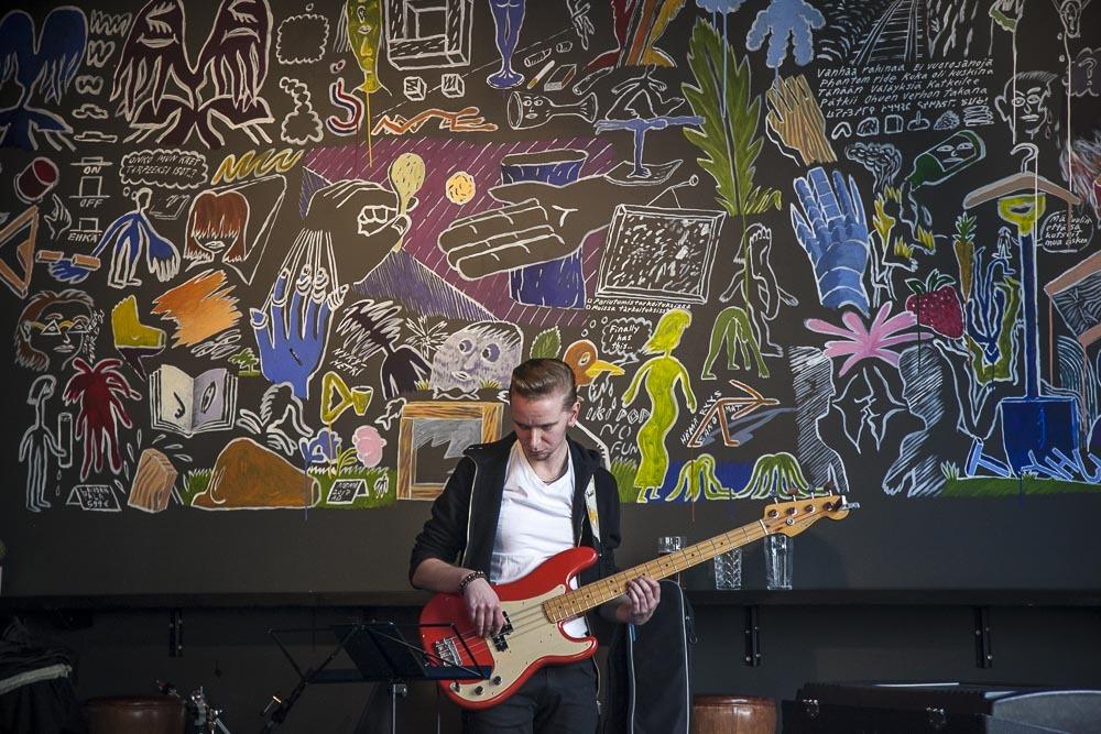 Bar Ö livemusiikkia Turun keskustassa