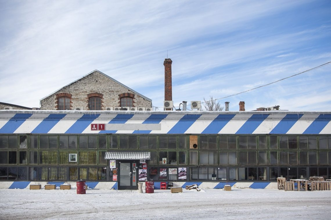 Soviet kohvik balti jaam telliskivi