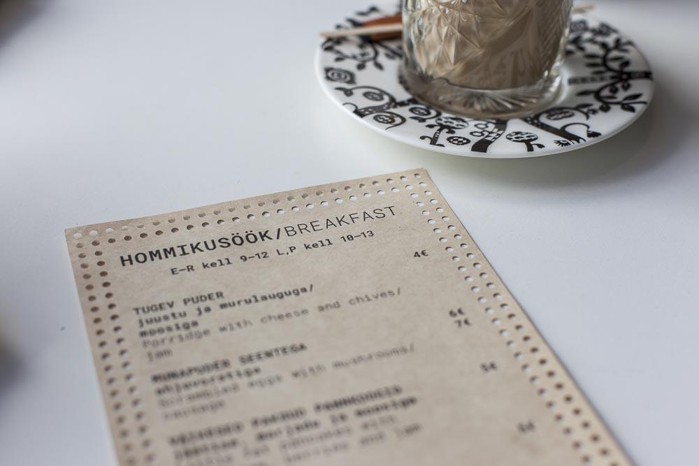 Kohvik Klaus'in aamiaislista. Brunssi on kuulemma todella upea!