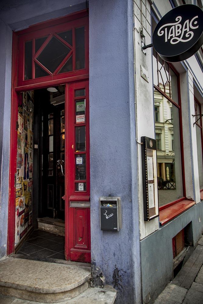 Ravintola Tabac on kauniissa vanhassa talossa