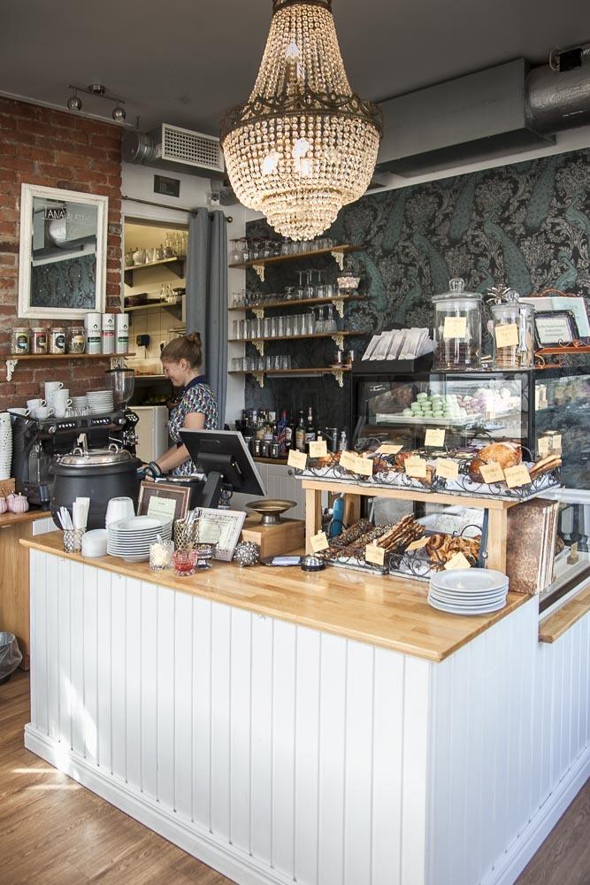 Ristikheina kohvik on viihtyisä aamiaispaikka