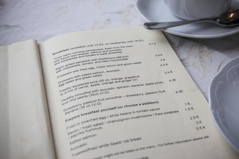 Ristikheina kahvilan aamiaislista on herkullinen