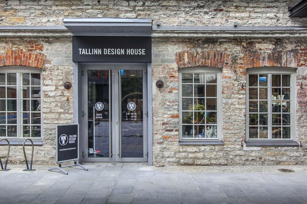 Tallinn Design House on iso myymälä keskellä Rotermanni-keskusta