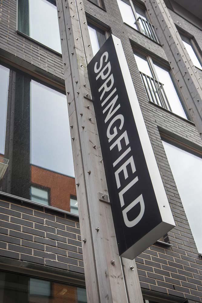 Springfield vaatekauppa tuo muotia Euroopan suurista kaupungeista Tallinnaan