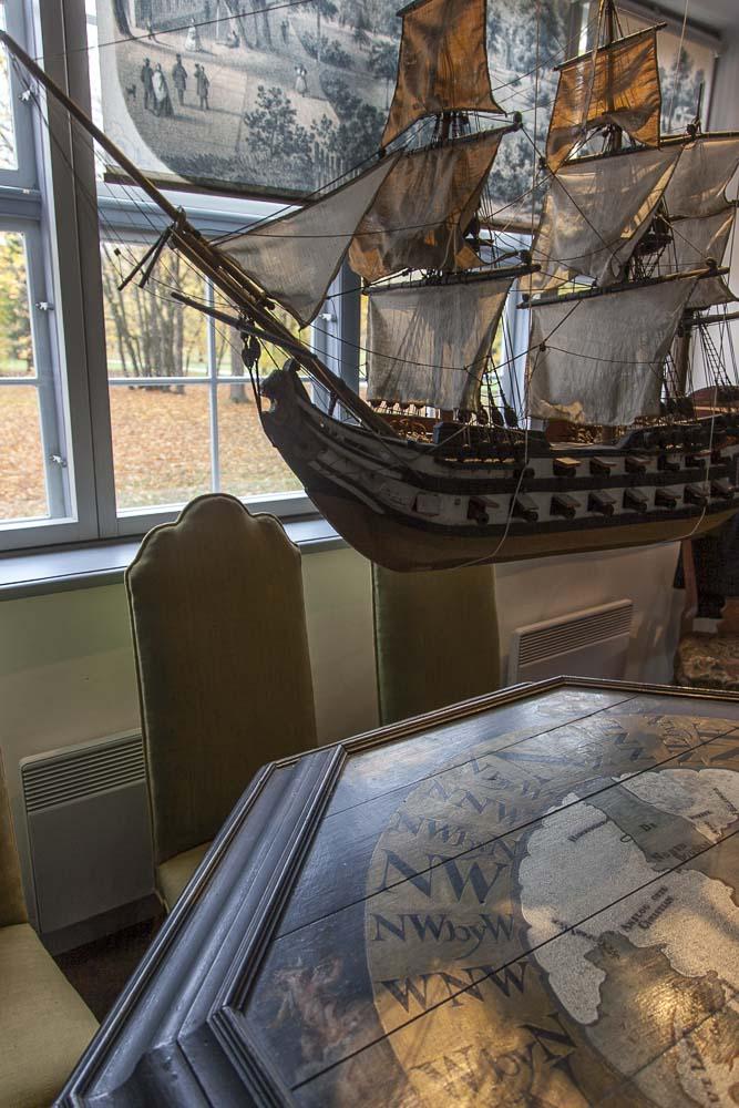 Karttapöytä Pietari Suuren kotimuseossa Tallinnassa