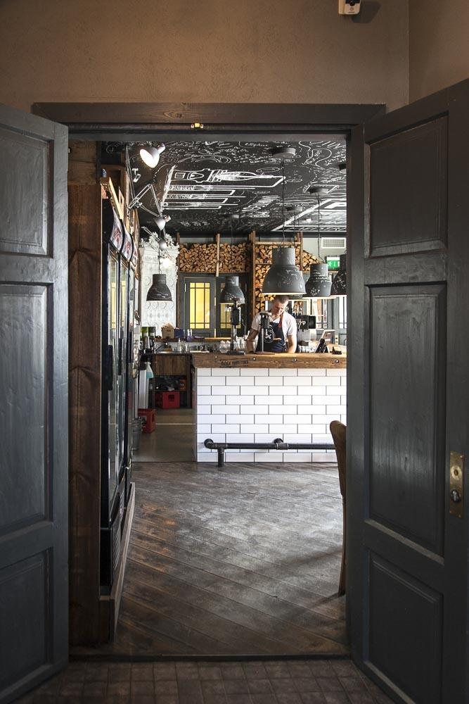 Pööbel on St. Vitus ravintolan omistajien paikka