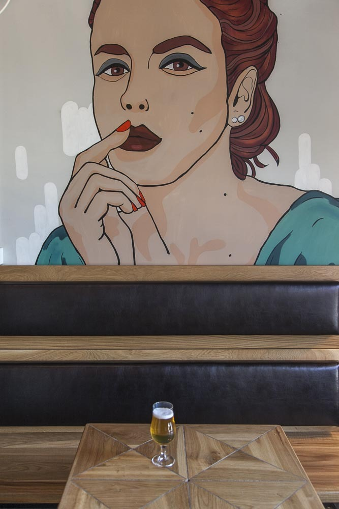 shvips baarin seinämaalaus