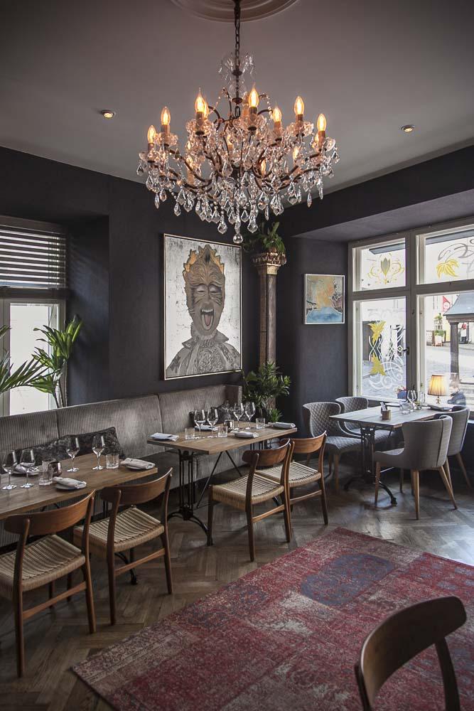 Viihtyisä ravintola tabula rasa tallinnan vanhassa kaupungissa