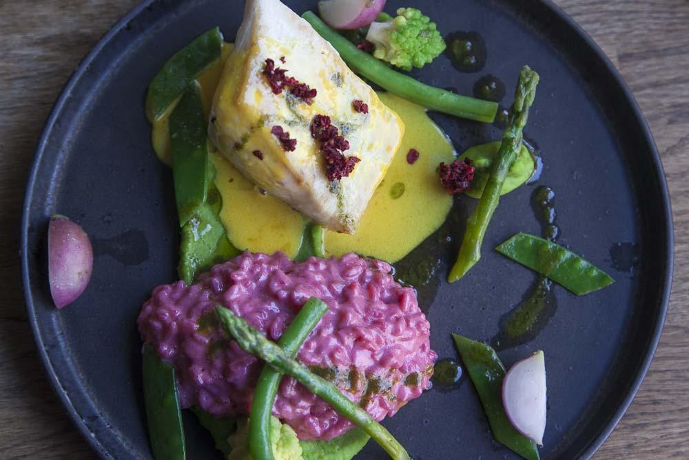 punajuuririsotto tabula rasa ravintolassa