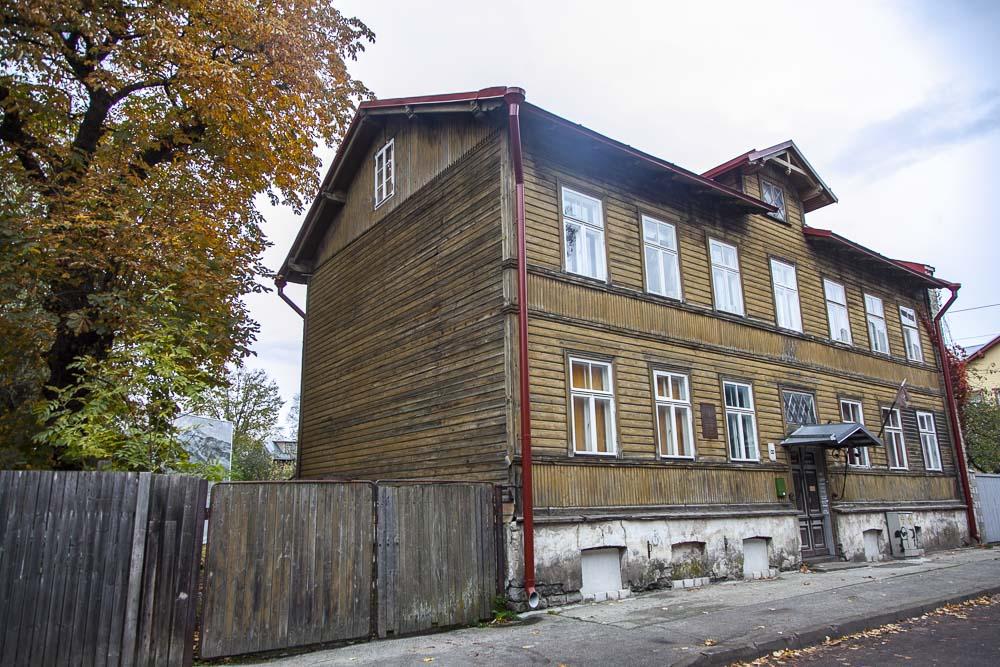 taiteilija flo kasearun talo Pelgulinn-kaupunginosassa Tallinnassa