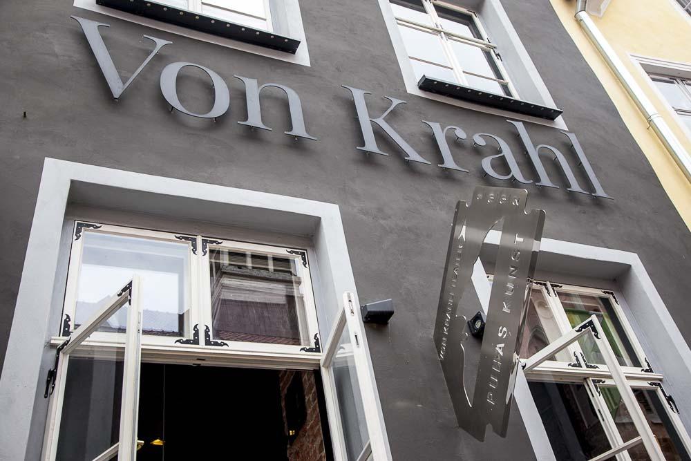 Rataskaevu kadulla oleva von krahli baar