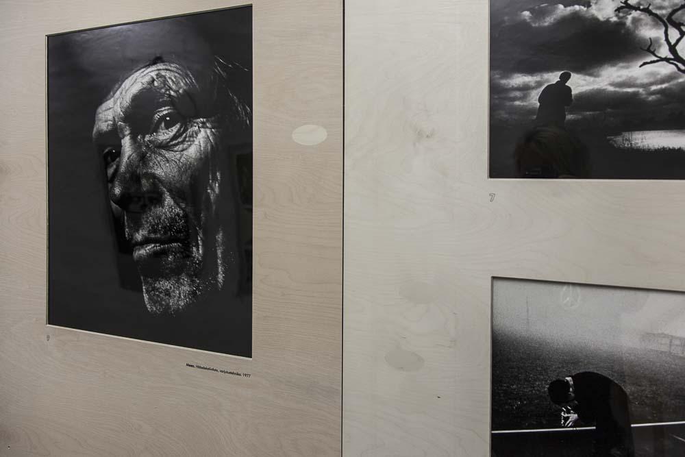 Näyttely valokuvamuseossa tallinnan vanhassa kaupungissa