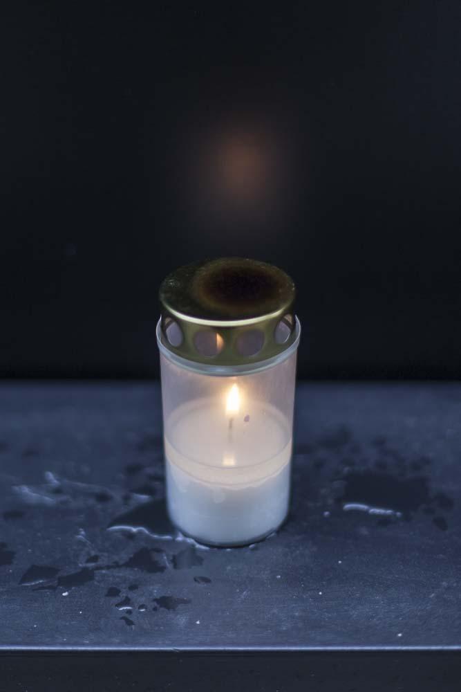 kynttilä kommunismin uhreille