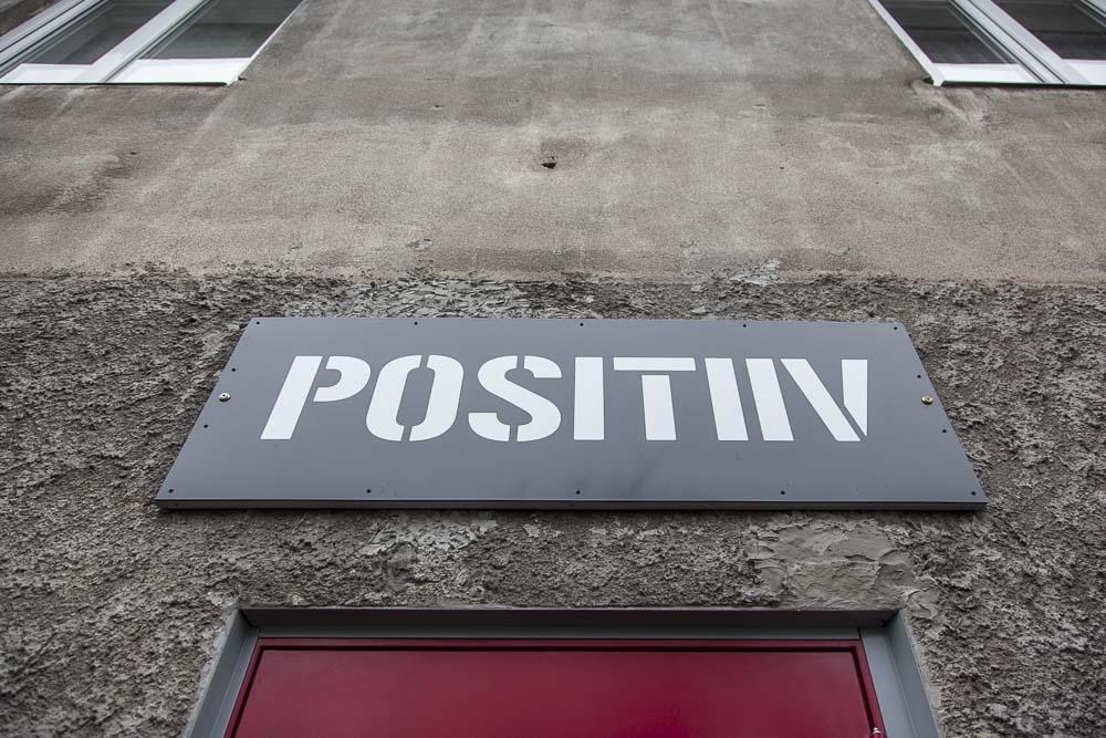 Positiiv-gallerian rosoinen julkisivu