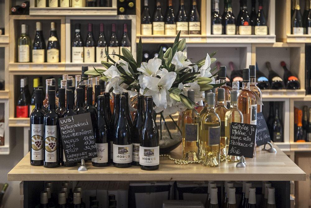 viinikauppa Kadriorgissa Tallinnassa