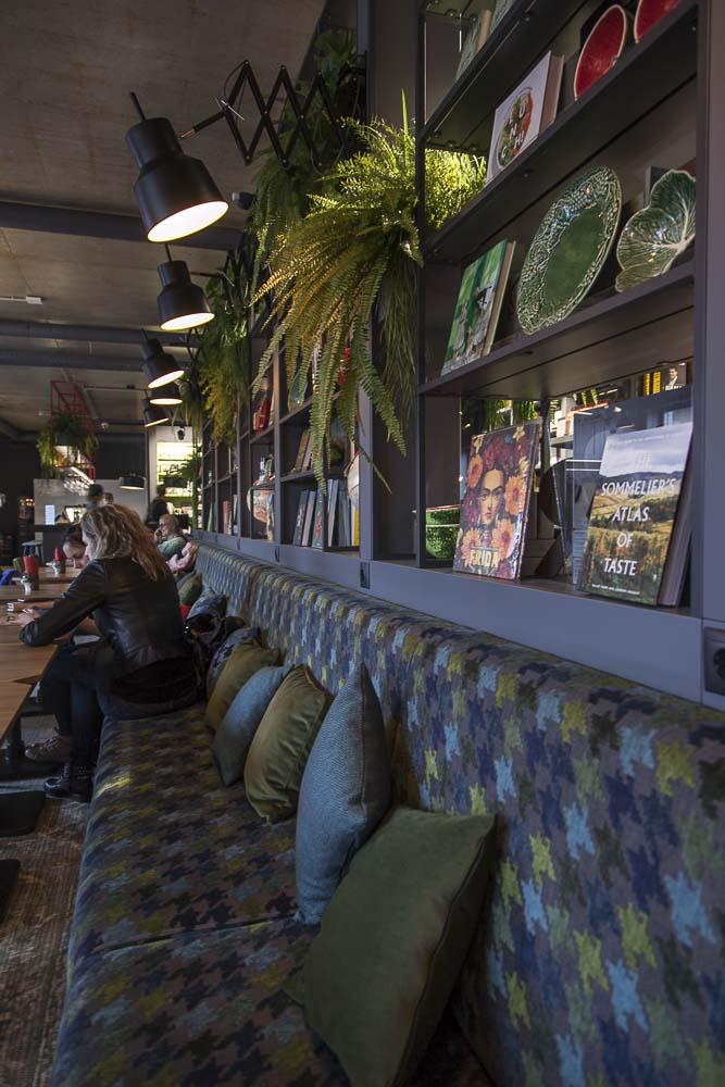Rahva raamat ravintola Telliskivessä