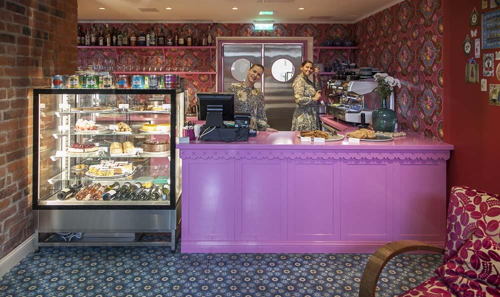 Supelsaksad-kohvik Tallinnassa on värikäs