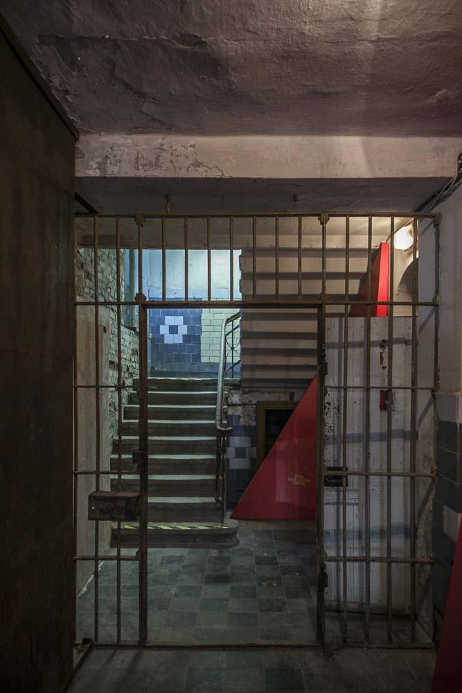 Näyttely Patarein vankilassa Kalasadamassa Tallinnassa
