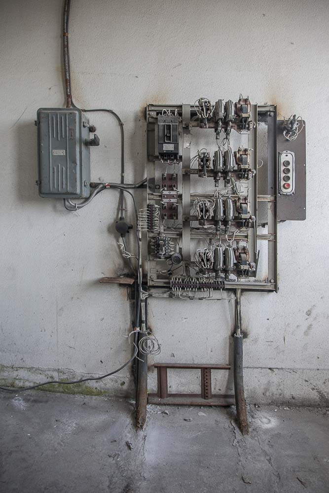 Yksityiskohtia pohjalan tehtaalta tallinnasta