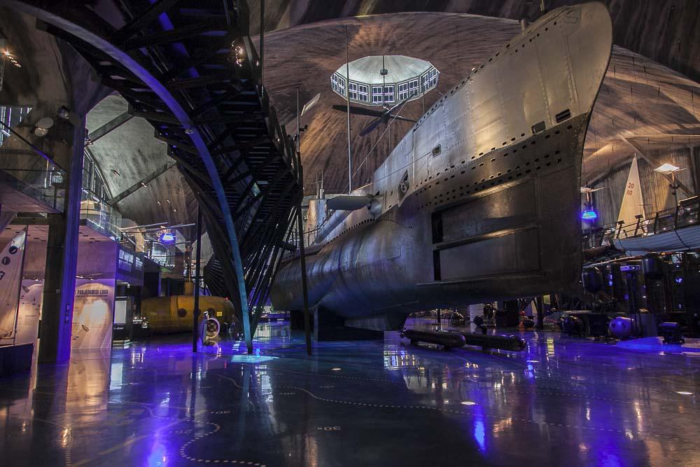 Tallinnan merimuseo Lennusadam sisältä