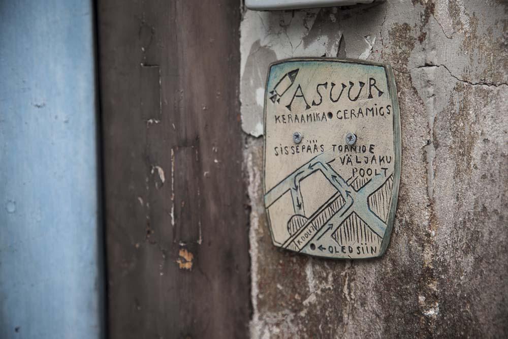 Asuur keraamika tallinnan vanhassakaupungissa