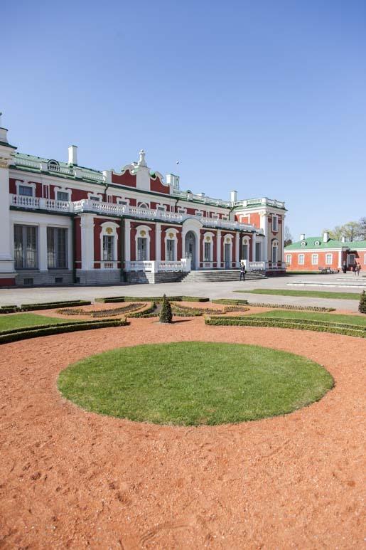 pietari suuren palatsi tallinnassa