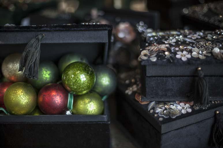 Shishi tallinnassa on joulukoristeiden paratiisi