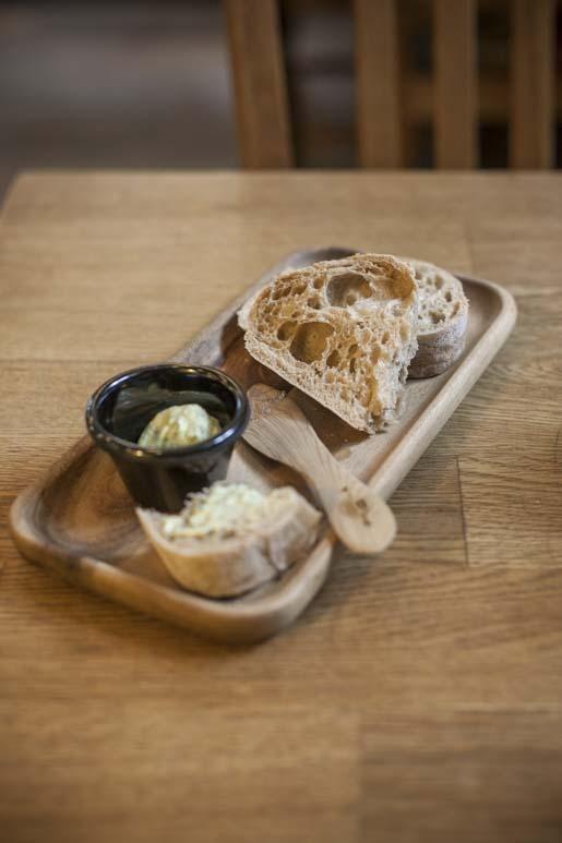 hyvää leipää tallinnassa tarjoilee poska kohvik