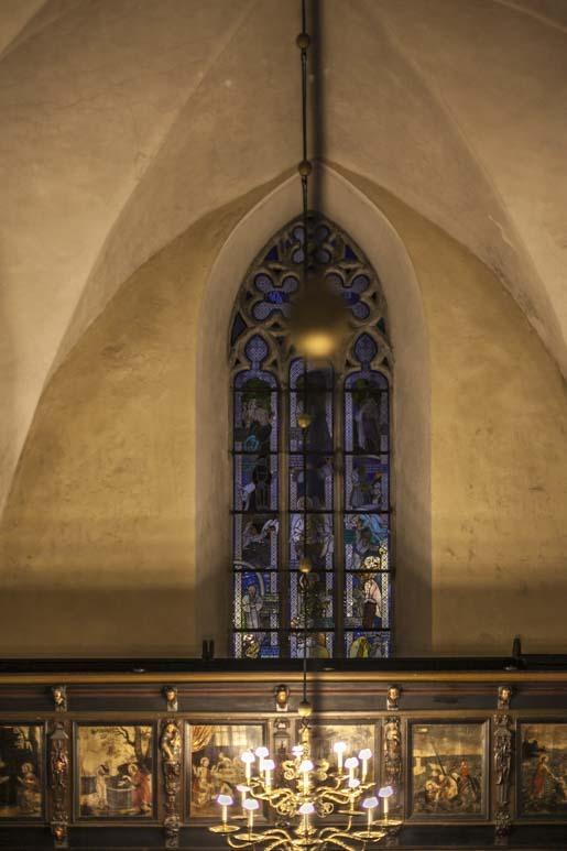 Pyhän Hengen kirkko lasimaalaus