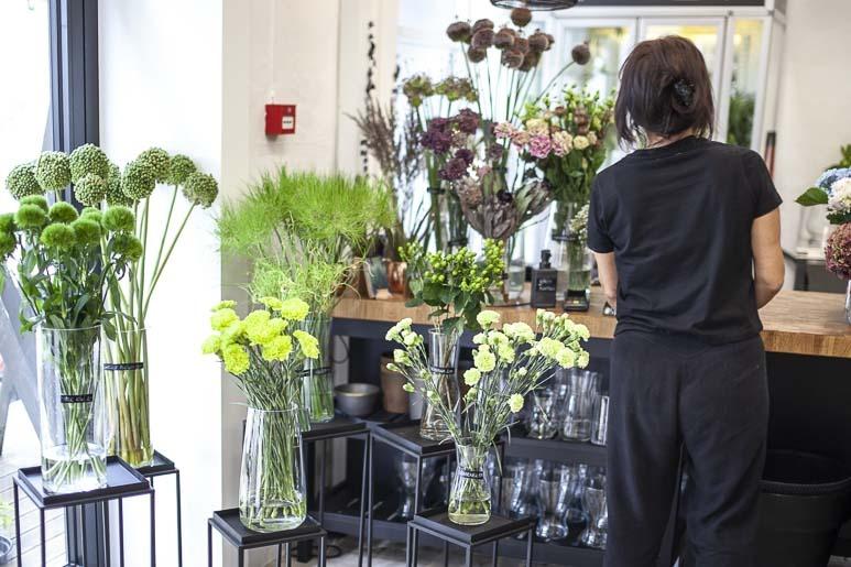 Kaktus kukkakauppa telliskivessä
