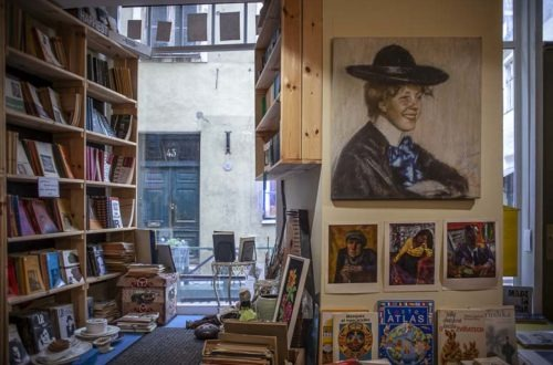REaD kirjakauppa