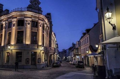 Matkustus Viroon